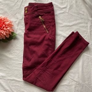 Denim - 🧩2/$30 Red Skinny Jeans with Gold Details